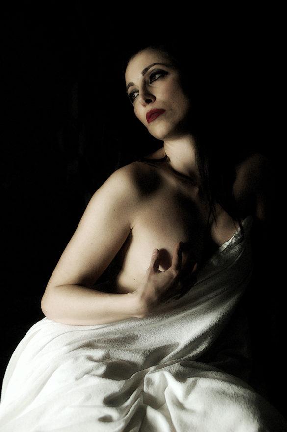Silversnake Michelle Statua