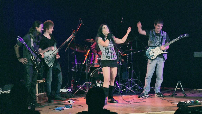 Silversnake Michelle Live Show Boston